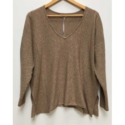 SUZY D - v neck knit-beige